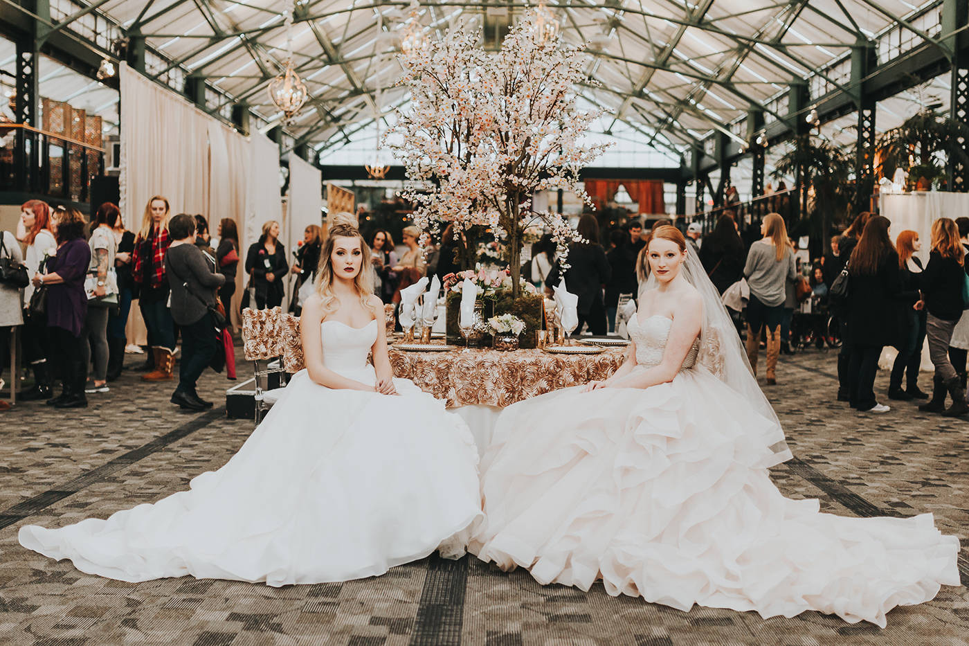 Did you get engaged this christmas 10 reasons the modern wedding 10 reasons the modern wedding show should top your to do list junglespirit Images