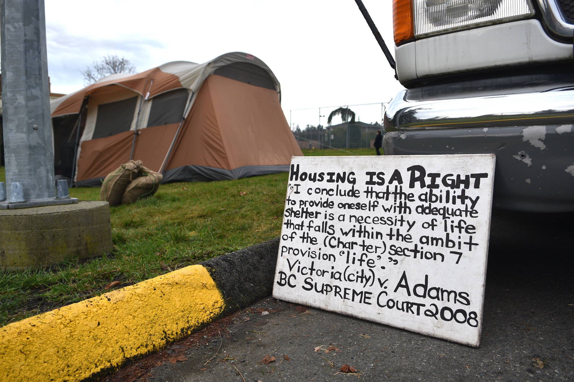 Tent city arrives in Central Saanich & Tent city arrives in Central Saanich - Victoria News