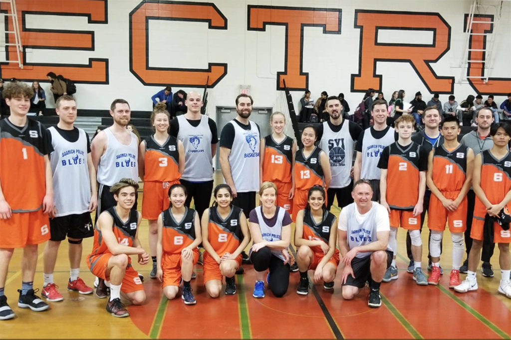 4d8e3a87d747 Saanich Police basketball team too big for Spectrum – Victoria News