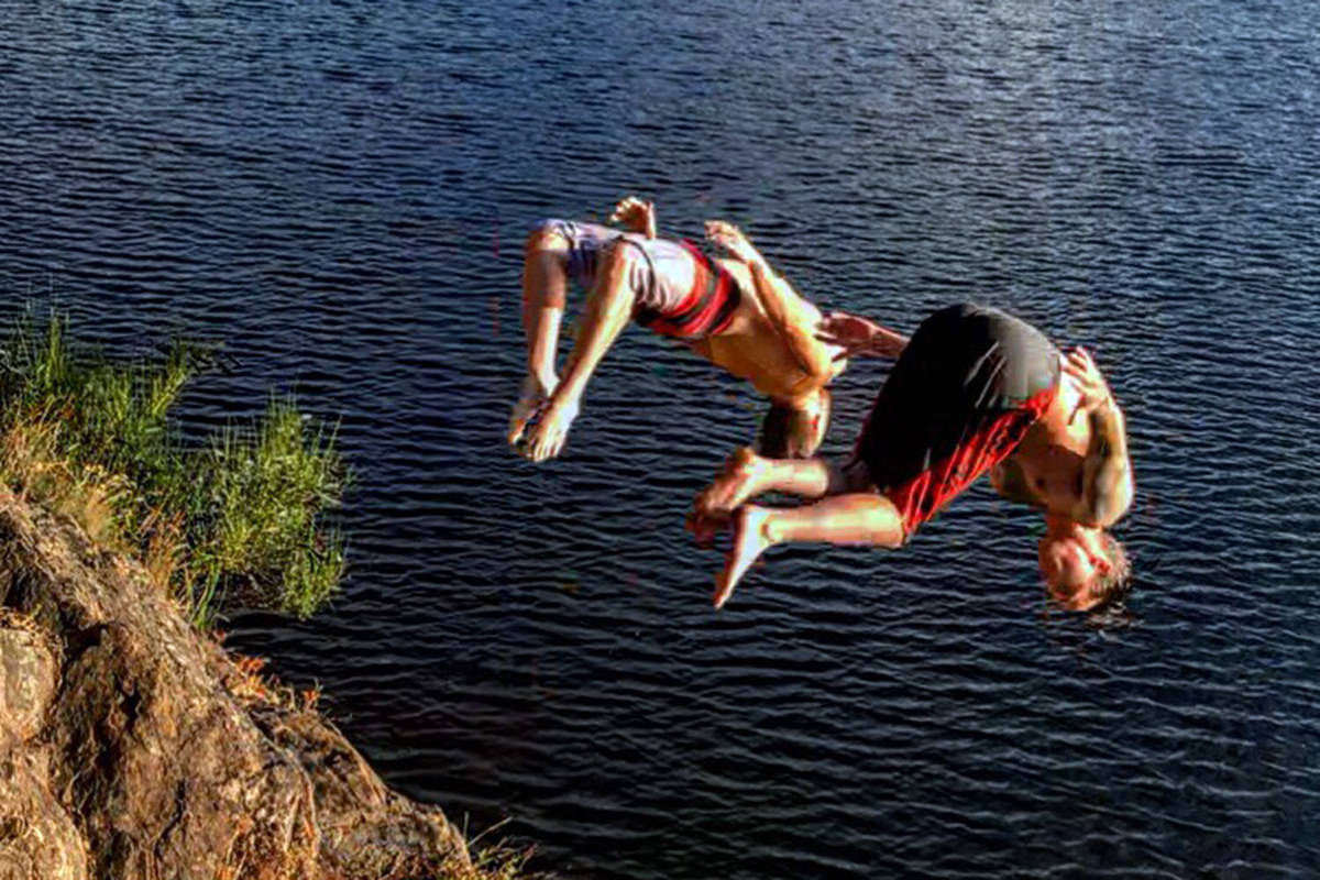 Victoria man says cliff-jumping incident at Thetis Lake a