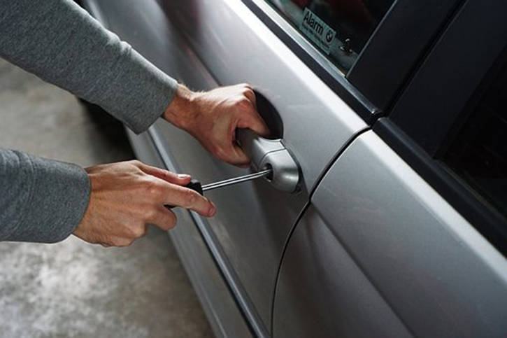 VicPD warns of 30% increase in theft from vehicles over last year