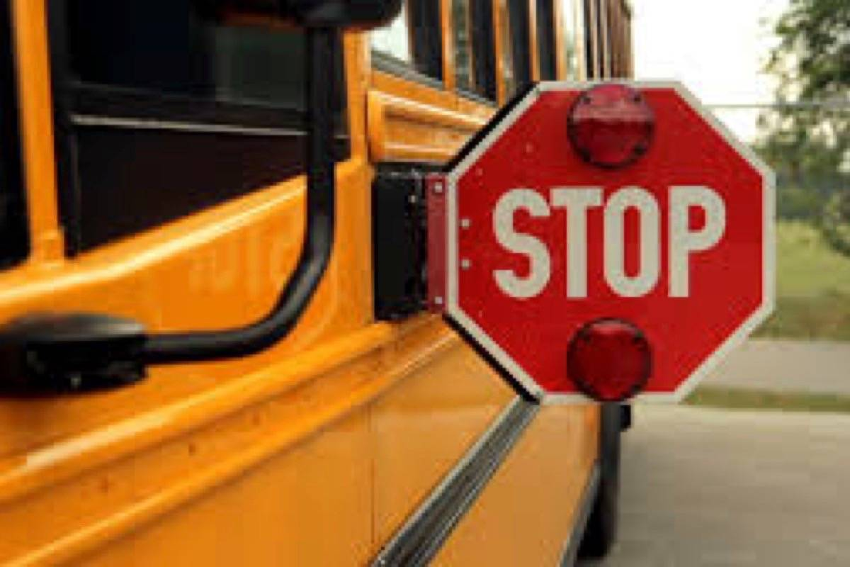 Sooke drivers regularly disregard school bus stop signs