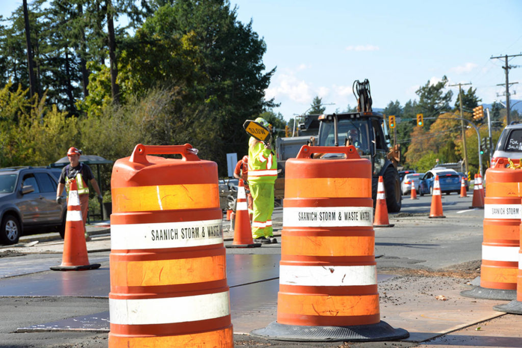 CRD warns commuters of traffic interruptions planned for Interurban Road - Victoria News