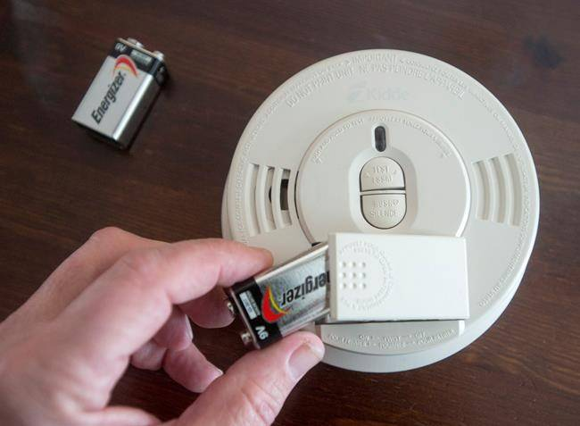 Change Your Clocks Smoke Alarm Batteries For Daylight Saving Time
